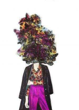 Mor Çiçekli Kadın